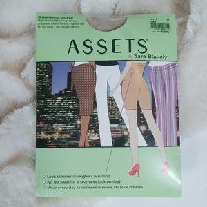 Assets by Sara Blakely Nude Sensational Shaper
